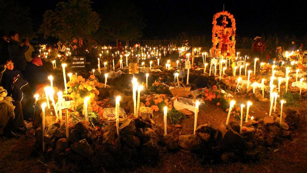 Día De Muertos En Pátzcuaro Vive La Magia De Las: Noche De Muertos